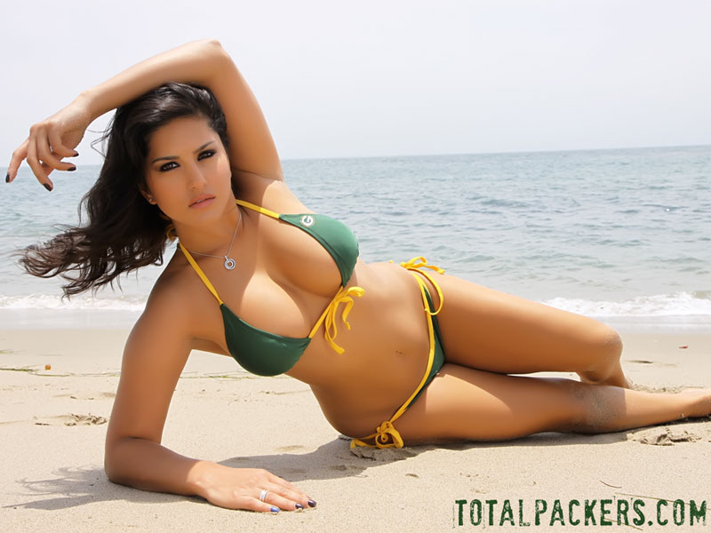 packers fans naked Green girl bay